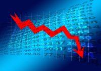 Akcie padají společně s korunou. Je tu finanční krize?